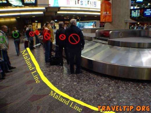 United States of America - All - Luggage Carousel - A photograph of the proper way to recognize the Maland Line